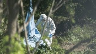 """Roma, corpo carbonizzato ritrovato in un parco:""""Si indaga per omicidio"""""""