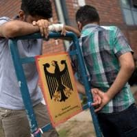 Profughi, la Germania in testa alla classifica dell'accoglienza. L'Italia