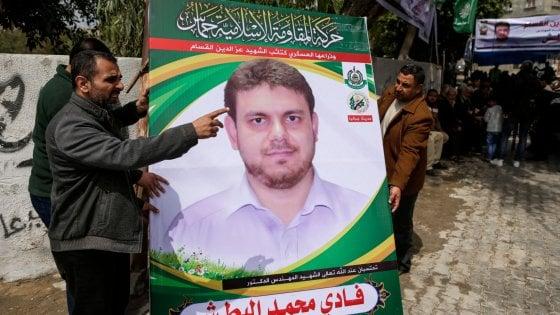 """Scienziato palestinese freddato da due killer in Malesia. La famiglia accusa: """"È stato il Mossad"""""""