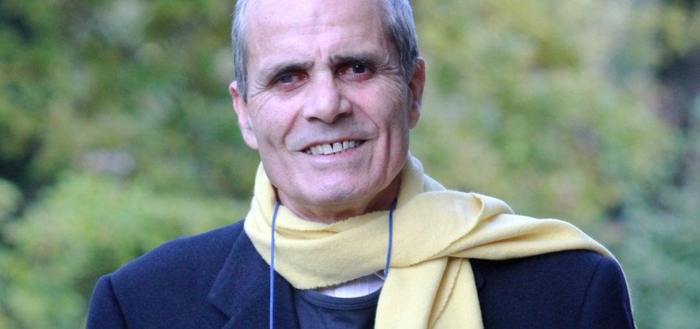 """Nino Castelnuovo sta male, l'appello della moglie in tv: """"I politici ci aiutino"""""""