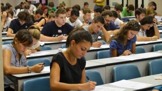 """Disturbi apprendimento, aumentano i casi. Miur: """"Scuola più responsabile"""""""