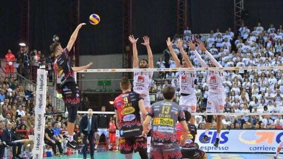 Volley, finale scudetto: Perugia batte Civitanova in gara-1