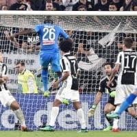 Il Napoli ora è favorito, la Juve è stanca