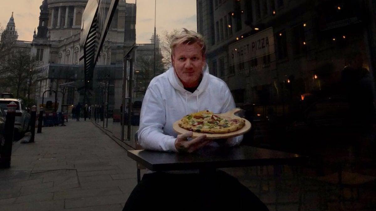 Gordon ramsay d una possibilit alla pizza vegana e scoppia la pace con gli animalisti - A tavola con gordon ramsay ...