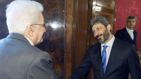 """Mandato a Fico per governo Pd-M5s. Mattarella: """"Ho atteso, ma novità Lega-5 Stelle non sono venute"""""""