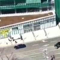 Toronto, furgone travolge un gruppo di pedoni: 9 morti e 16 feriti. Arrestato