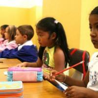 Un alunno su dieci è figlio di immigrati. Ottocentomila bambini orfani