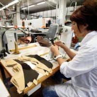 Istat, scende la fiducia di imprese e consumatori