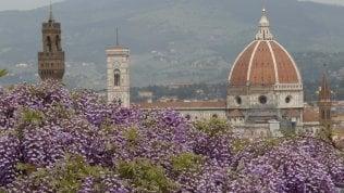 Sole sui ponti di primavera: si sposterà un italiano su tre. Le mete preferite: mare e città d'arte Le previsioni