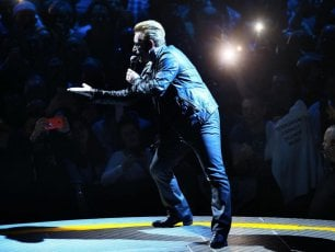 U2, una app per vedere i loro show come mai prima: ora il cellulare è ammesso