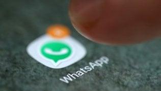 WhatsApp alza l'età per il suo utilizzo in Europa: ora bisognerà avere almeno 16 anni