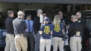 Agenti Fbi nella casa di James DeAngelo