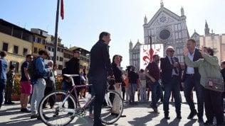 """Stop di Renzi al patto con M5S: """"La base non vuole l'accordo"""" di CLAUDIO TITOFico stamattina vedrà di nuovo Pd e 5 Stelle poi salirà al Quirinale"""