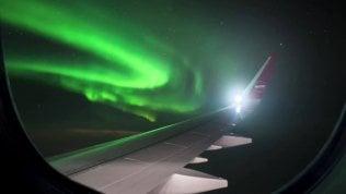 """""""In Islanda pagati e spesatiper scoprire l'isola e il mondo"""".Aviolinea low cost cerca blogger"""