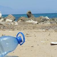 """""""Ridiamo valore alla plastica anche se è un rifiuto"""""""