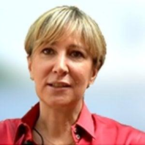 Raffaella Monzani, dai libri all'energia come top manager. Sempre in lotta per i diritti delle donne