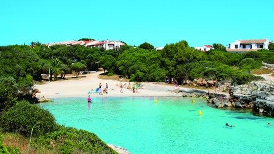 Una vacanza a Minorca, da vivere in riva al mare