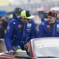 MotoGp, Rossi accende la sfida:
