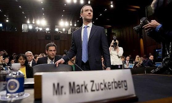 Chiude Cambridge Analytica, la società dello scandalo dei dati di Facebook