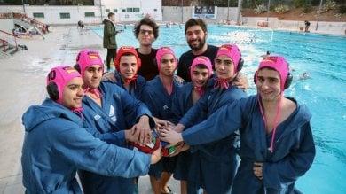 Pallanuoto per tutti, ecco i Delfini Blu la prima squadra per disabili e normodotati