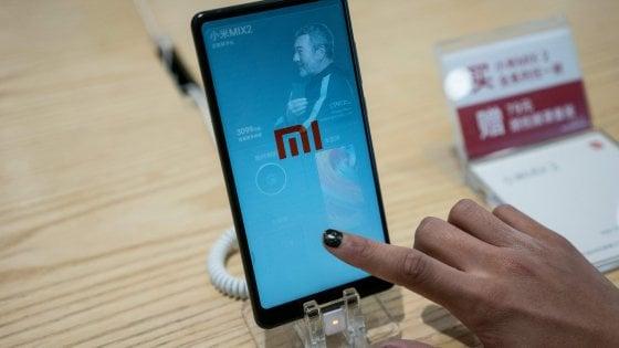 Gli smartphone low-cost di Xiaomi in Borsa per 100 miliardi. Sfida ai colossi Apple, Samsung e Huawei