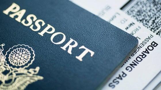 Viaggi, agli italiani piacciono extralunghi. Ma spesso li evitano perché sopravvalutano i costi