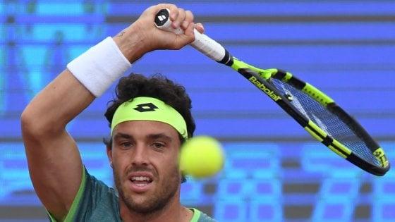 Tennis, Fabbiano ai quarti a Istanbul. Cecchinato out a Monaco. Praga, Giorgi in semifinale