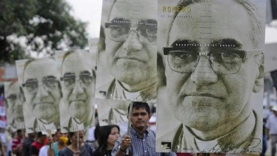 Papa Francesco firma il decreto: Paolo VI e Romero saranno santi