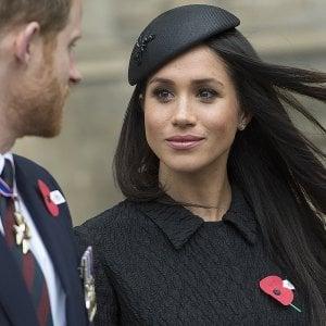 """Meghan e Harry invitano 1.200 cittadini comuni alle nozze: """"Ma portatevi il pranzo al sacco"""""""