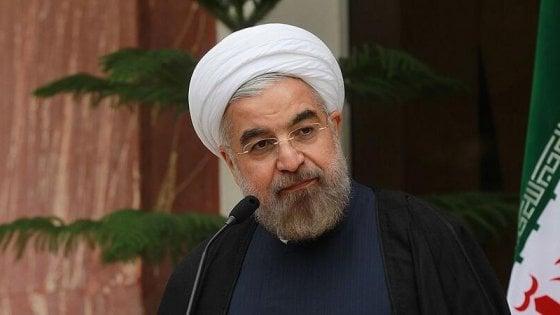 """Iran, Rouhani: """"Se Usa lasciano l'accordo sul nucleare, se ne pentiranno come mai nella storia"""""""