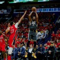 Basket, playoff Nba: Golden State e Houston a un passo dalla finale di Conference