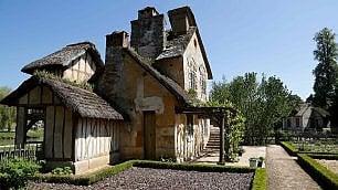 Versailles: apre il casale