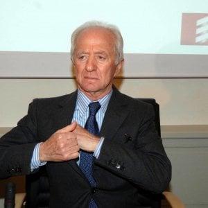 Del Vecchio, utili per 777 milioni nella sua holding lussemburghese