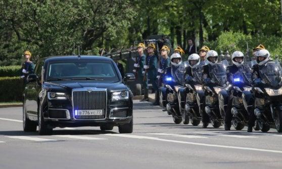 Addio Mercedes, Putin ha la sua limousine tutta russa