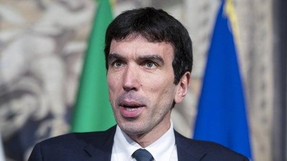 """Pd, assemblea nazionale il 19 maggio per scegliere segretario. Renzi lancia Gentiloni: """"Sarà lui il candidato premier"""""""