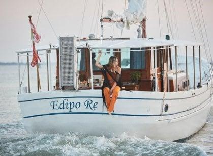 Venezia: sulla barca di Pasolini (e della Callas) le mini crociere di gusto e solidarietà