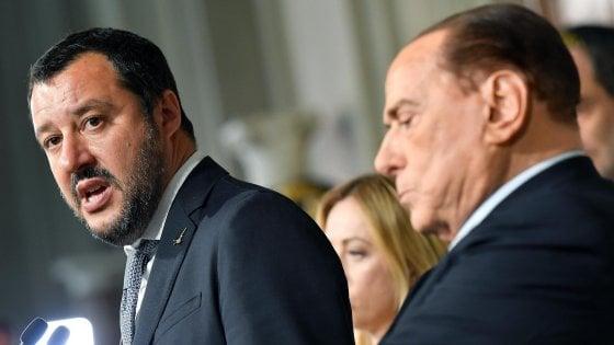 """Lega a Berlusconi: """"Consenta governo con M5s"""".  No del Cavaliere: """"Nessun appoggio esterno, non accettiamo veti"""""""