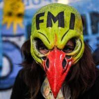 Crisi argentina, proteste contro il Fondo monetario