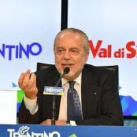 Napoli, De Laurentiis: ''Sarri? Non posso costringerlo con la forza. Secondi anche prima di lui''