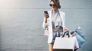 Il digitale spinge i fatturati del negozio fisico