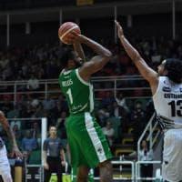 Basket, gara 1 play off: Venezia non sbaglia con Cremona, Trento sorprende Avellino