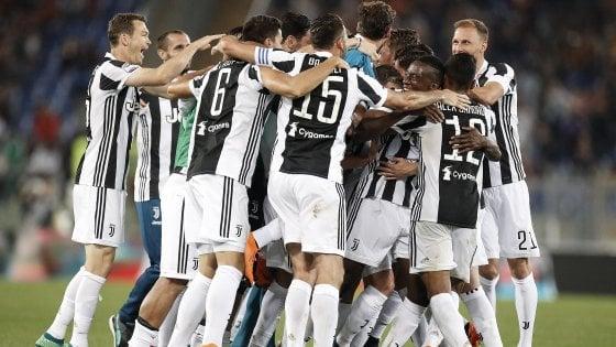 """Juventus, Chiellini: """"Gli altri hanno parlato tanto, ma ora noi festeggiamo"""""""