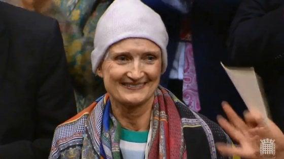 Regno Unito, è morta Tessa Jowell, ministra nel governo Blair: l'ultima battaglia contro il cancro