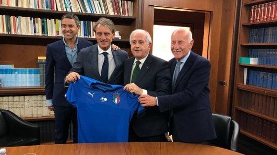 Nazionale, Roberto Mancini ha firmato: è il nuovo ct azzurro