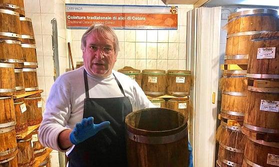 Viaggio a Cetara, l'unico paese salvato dalle trattorie (e da una salsa)