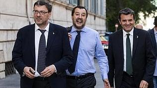 """Ue in pressing sull'Italia: """"Non cambi politiche su debito e immigrazione""""Salvini: """"Ennesima inaccettabile interferenza"""""""
