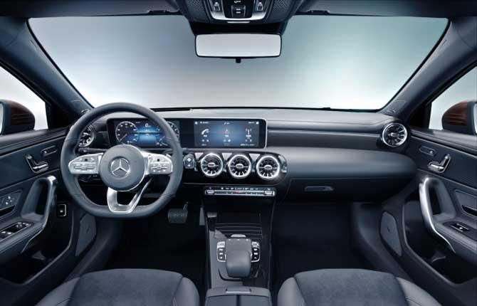 Lancio record per la nuova Mercedes-Benz Classe A