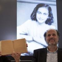Anna Frank inedita: scoperte due nuove pagine del celebre diario