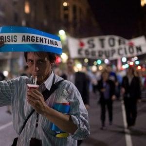 L'Argentina dribbla il martedì nero e fa il pieno di 28 miliardi di bond