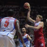 Basket, playoff Serie A: Cantù e Varese ancora ko, Milano e Brescia in semifinale